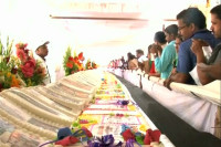 Indian bakers cook up 183-metre cake