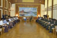 min aung hlaing met journalist Council 23112014