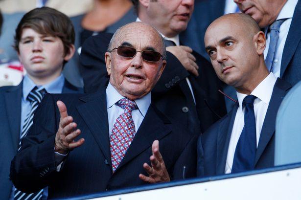 3 Tottenham-owener-Joe-Lewis-speaks-to-Chairman-Daniel-Levy