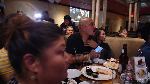 People around the world watch Trump-Kim meeting06
