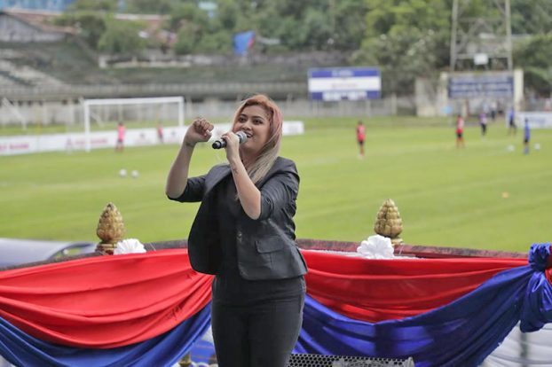 Singers sin Myanmar Women Football Match 2